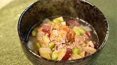 豚ひき肉とサツマイモのスープ