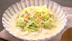 春キャベツと桜海老の豆乳スープかけごはん