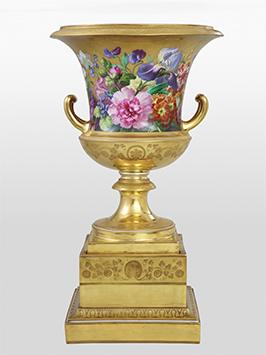 ウィーン窯・帝国磁器製作所 ヨーゼフ・ガイアー 《金地花文クラテル形大花瓶》 1828年頃