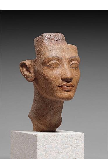 ネフェルティティ王妃あるいは王女の頭部