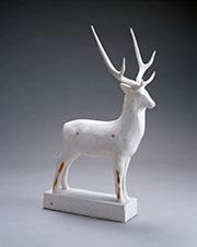 《大鹿》 石膏 1929年群馬県立館林美術館蔵