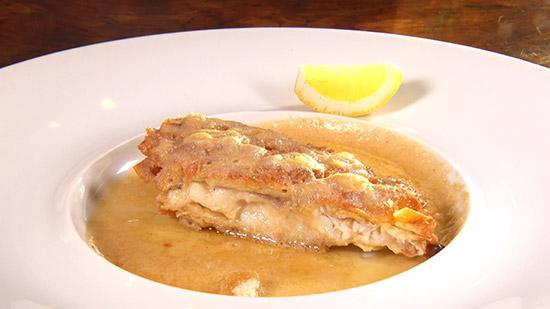 餃子の皮のパリパリ衣で鯛のカツレツ