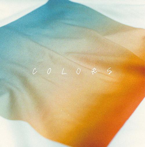 1st シングル「COLORS」