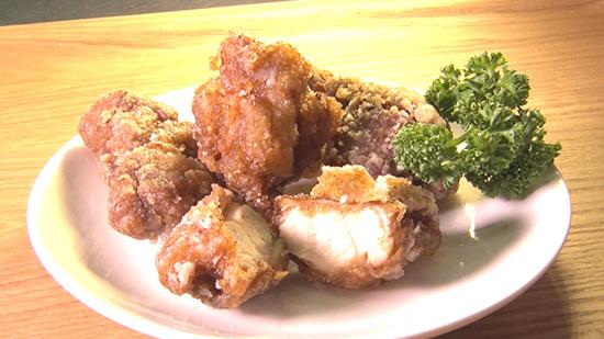 鶏もも肉の焼きそばソース漬けのから揚げ