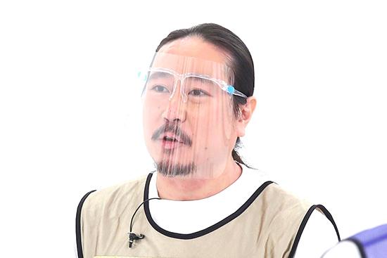 笑い飯西田